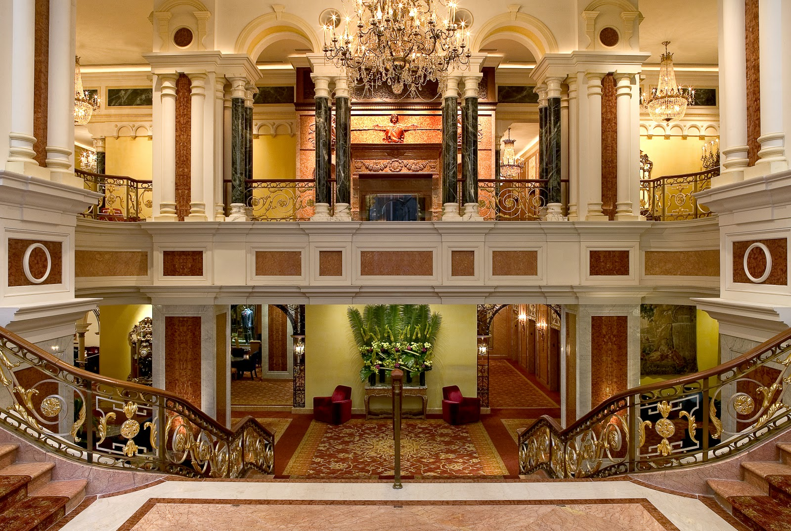 Four Seasons Hotel New York2
